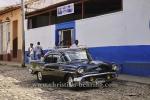 Privat-Taxi, US-Oldtimer vor Omnibus-Bahnhof, in der Altstadt, Trinidad, Cuba, 24.01.2015 [(c) Christian Behring, www.christian-behring.com]