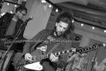 """""""Welshly Arms"""", Sam Getz (Gitarre/Gesang), Brett Lindemann (Keys), Jimmy Weaver (Bass), Mikey Gould (Drums) sowie Bri und Jon Bryant (Background Vocals), Kurz-Konzert im Foyer, Universal Music, Berlin, 27.03.2017 (Photo: Christian Behring)"""