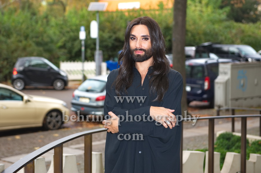 CONCHITA, Photo Call, Hotel Am Steinplatz, Berlin, 24.10.2017