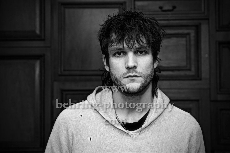 Martin Johnson (Sänger, Gitarrist, Producer, Songwriter, BOYS LIKE GIRLS, THE NIGHT GAME), Photocall und Interview im Hotel Michelberger in Berlin, 10.11.2017