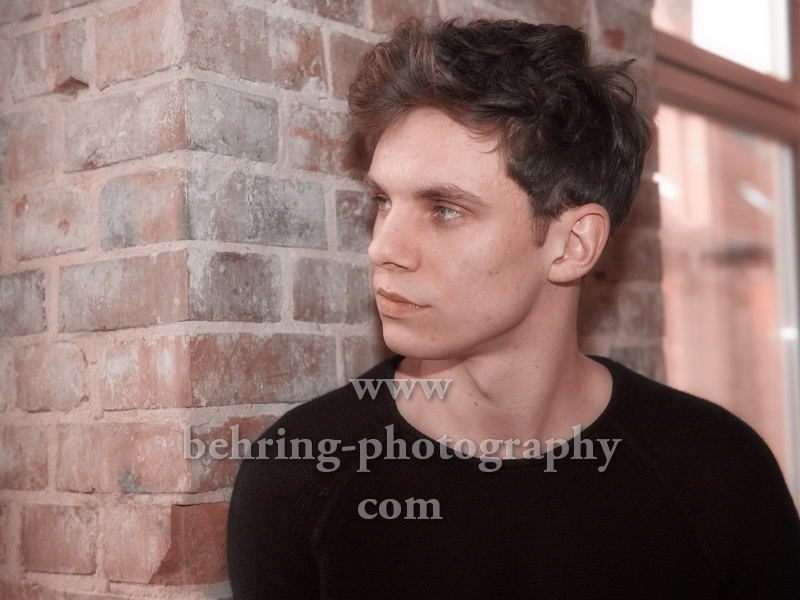 """Tim Kamrad, Interview und Photo Call (Record Release am 02.03.2018 """"DOWN AND UP"""", Live Support für Sunrise Avenue ab 02.03.2018), ROOF RECORDS, Berlin, 02.03.2018,"""