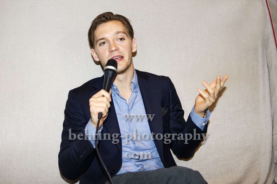 DEUTSCHLAND 86, Interview und Photo Call mit Jonas Nay, Berlin, 11.10.2018
