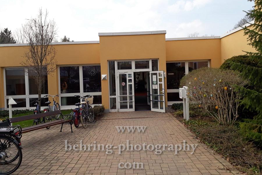 Eingang zur Reha-Klinik Carolabad und Umgebung, Chemnitz-Rabenstein, 08.04.2019